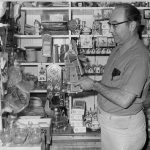 1971-01-18 GEORGE BROEKHUYSEN IN DUTCH SHOP DEE WHY